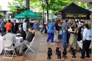 This summertime lunchtime market is very popular with downtown Portland businesspeople